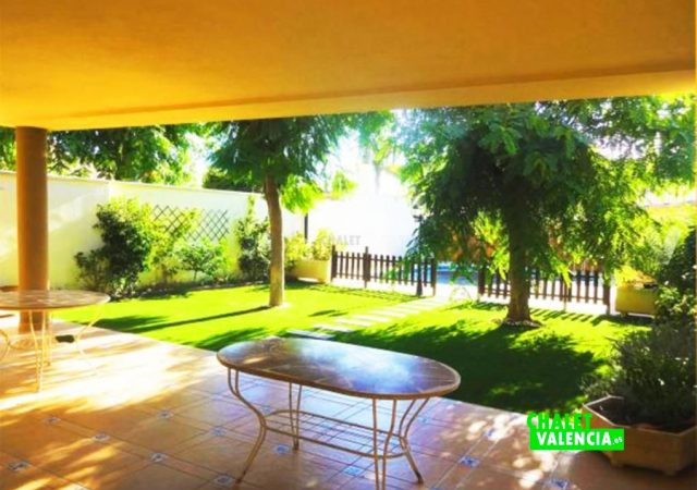 47753-terraza-cubierta-chalet-valencia