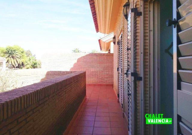 47753-terraza-hab-2-chalet-valencia