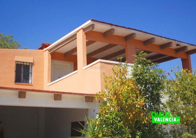47893-entrada-casa-chalet-valencia