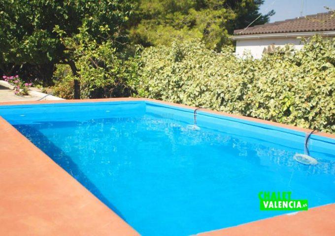 47893-piscina-jardin-chalet-valencia