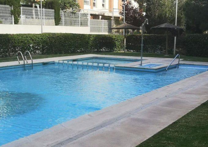 47934-zona-comunitaria-piscina-4-valterna-chalet-valencia