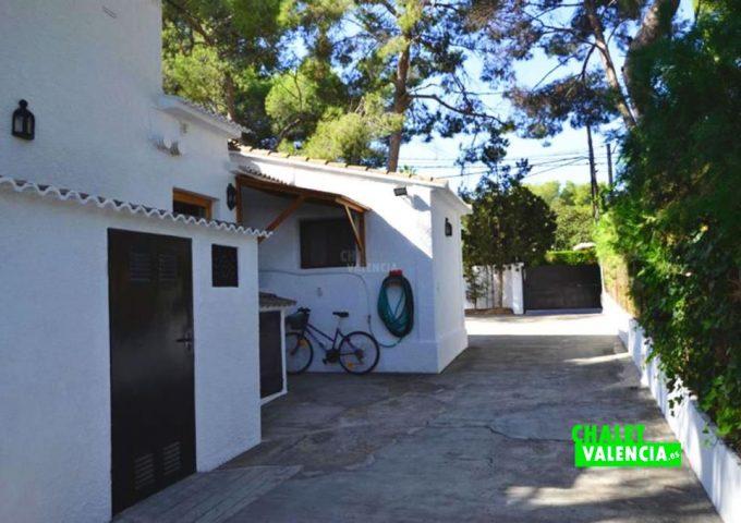 48004-entrada-casa-coche-chalet-valencia