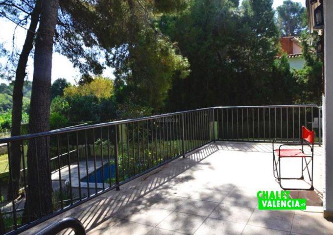 48004-terraza-piscina-chalet-valencia
