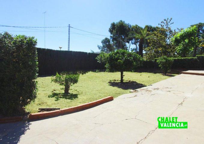 48047-jardin-01-chalet-valencia