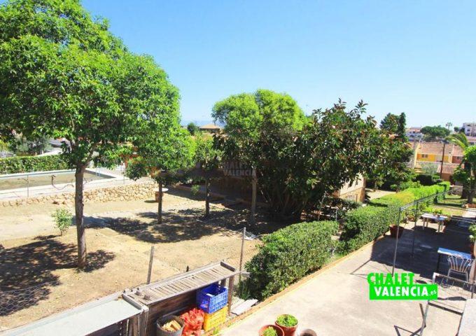 48047-jardin-vistas-02-chalet-valencia