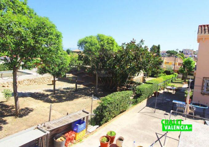 48047-jardin-vistas-chalet-valencia