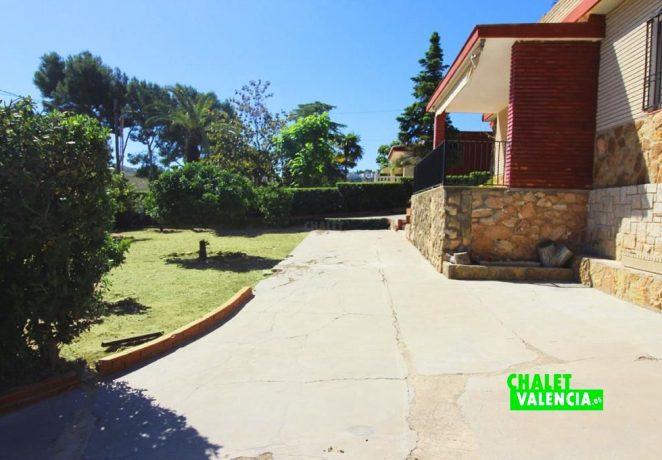 Villa with pool in Sierra Perenchiza urbanization