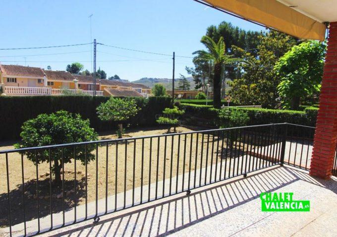 48047-terraza-03-chalet-valencia