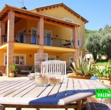 Luxury villa next to La Galiana golf course