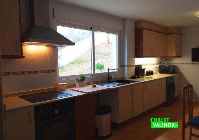 48517-cocina-2-calicanto-chalet-valencia