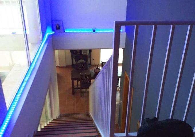 48517-escaleras-calicanto-chalet-valencia