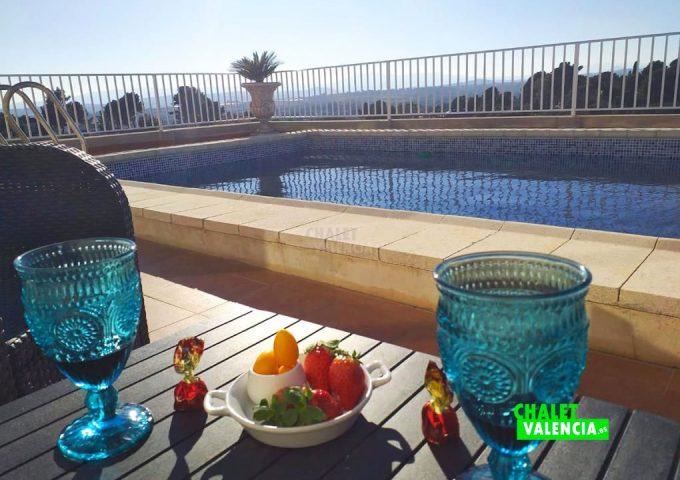 48517-piscina-vistas-infinitas-calicanto-chalet-valencia