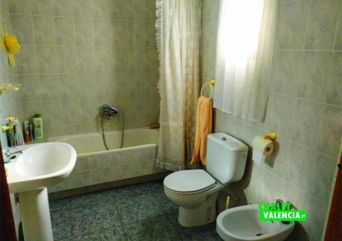 49054-bano-1-chalet-valencia
