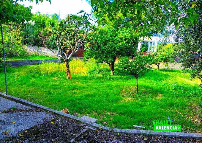 49054-jardin-2-chalet-valencia