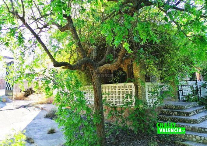 49085-entrada-calle-pedralba-chalet-valencia