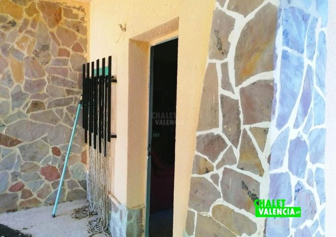 49085-entrada-casa-02-pedralba-chalet-valencia