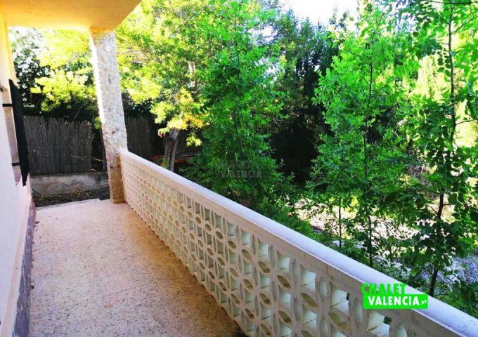 49085-terraza-lateral-pedralba-chalet-valencia