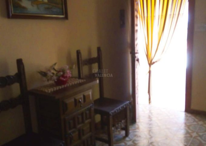 49123-entrada-casa-montserrat-chalet-valencia