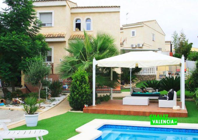 50074-piscina-casa-fachada-chalet-valencia