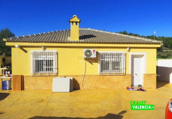 Villa with pool in La Rodana Vilamarxant
