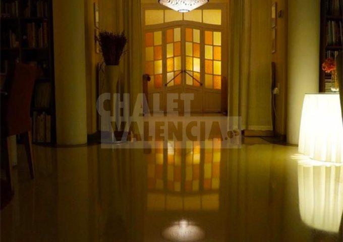 50820-entrada-recibidorç-chalet-valencia