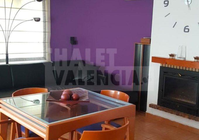 50866-salon-comedor-chimenea-rodana.jpeg-chalet-valencia