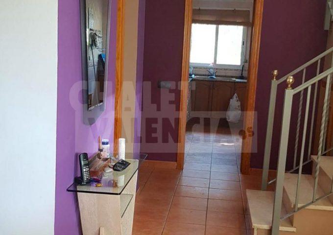 50866-salon-escaleras-rodana.jpeg-chalet-valencia