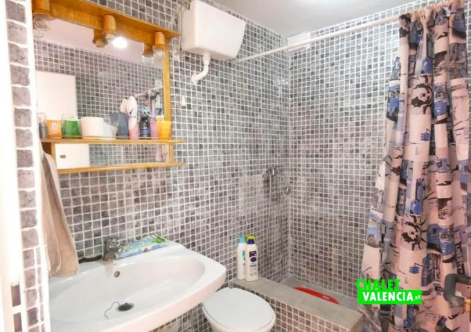 50886-bano-02-montroy-chalet-valencia
