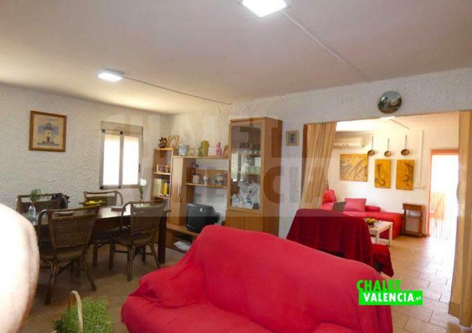50886-salon-comedor-entrada-montroy-chalet-valencia