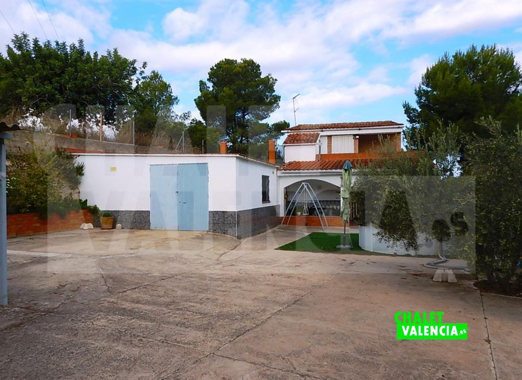 Chalet urbanizable junto campo golf El Bosque