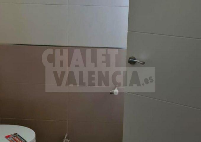 51421-bano-02-safareig-chalet-valencia