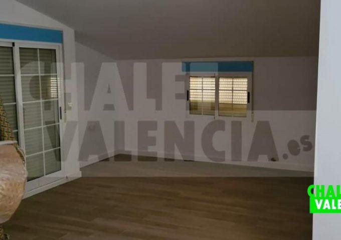51421-zona-01b-safareig-chalet-valencia