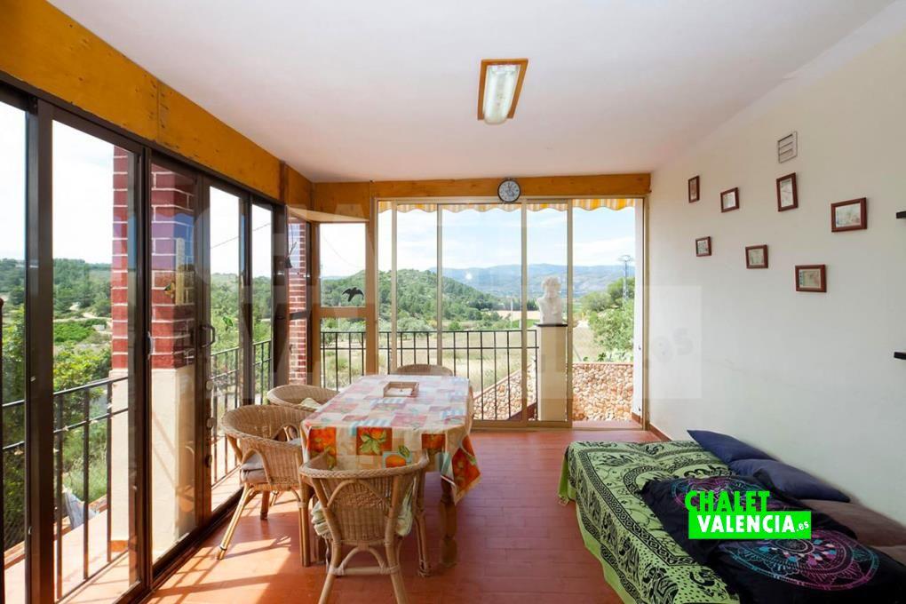 Salón con vistas en Pedralba