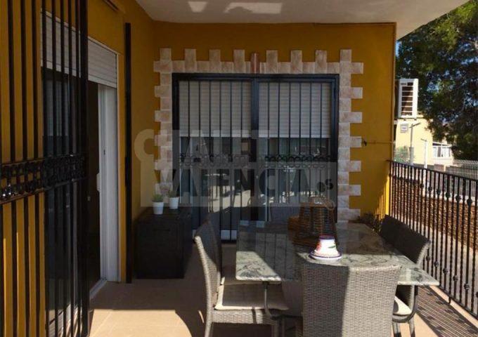 52069-terraza-chalet-valencia