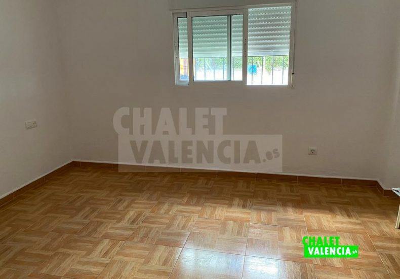 52177-6425-i-chalet-valencia
