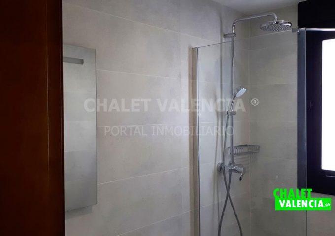 52373-bano_visitas_1-chalet-valencia
