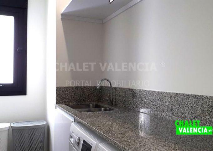 52373-lavanderia_1-chalet-valencia