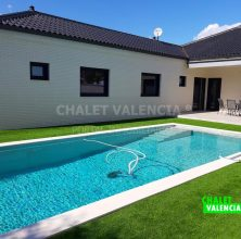 New construction villa in Calicanto urbanization