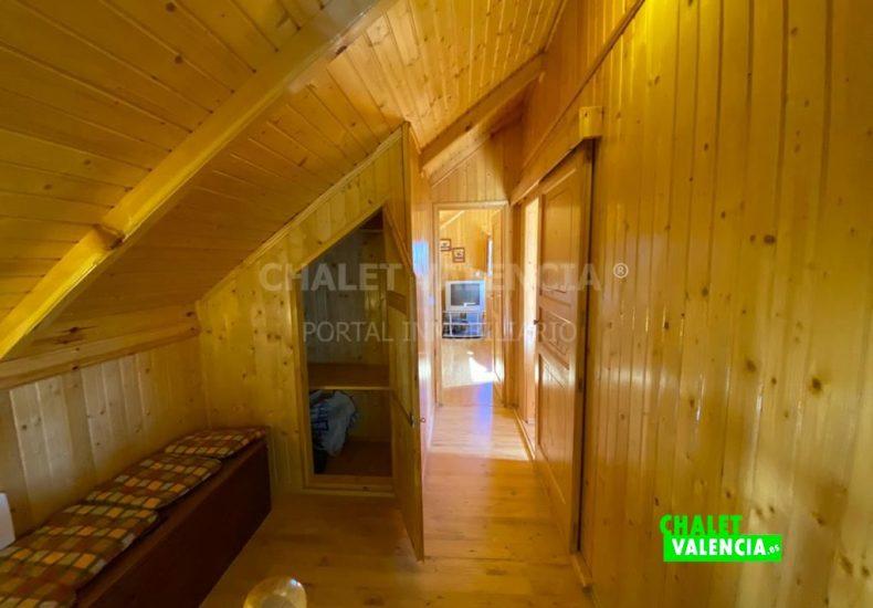 53337-6813-chalet-valencia