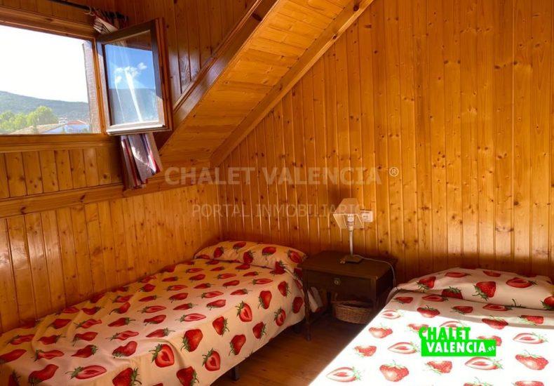 53337-6815-chalet-valencia