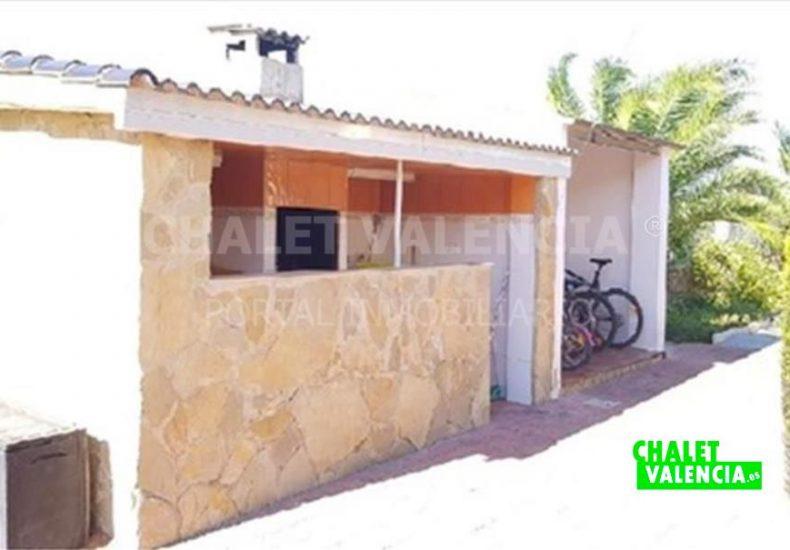 53870-exterior-paellero-chalet-valencia