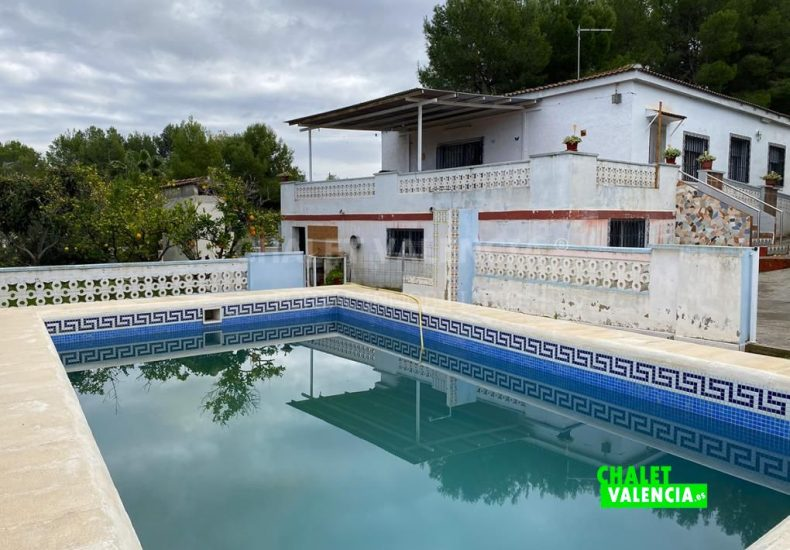 53891-7159-chalet-valencia