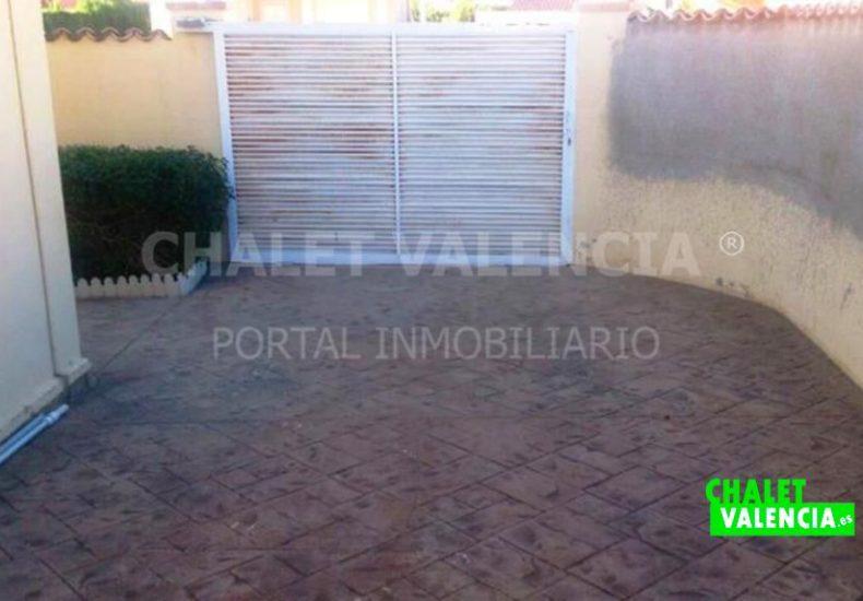 02561-entrada-garaje-chalet-maravisa-valencia-pobla