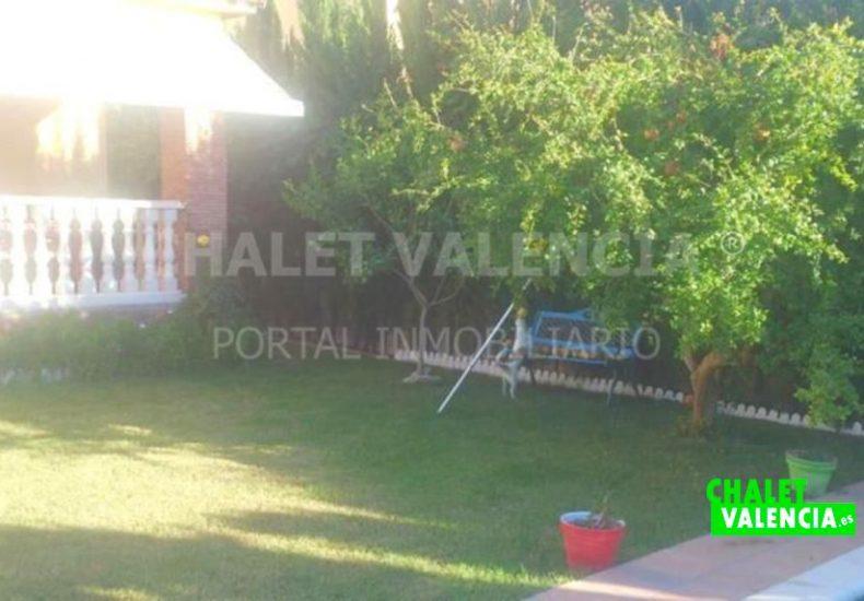 02561-jardin- terraza-piscina-chalet-maravisa-valencia-pobla