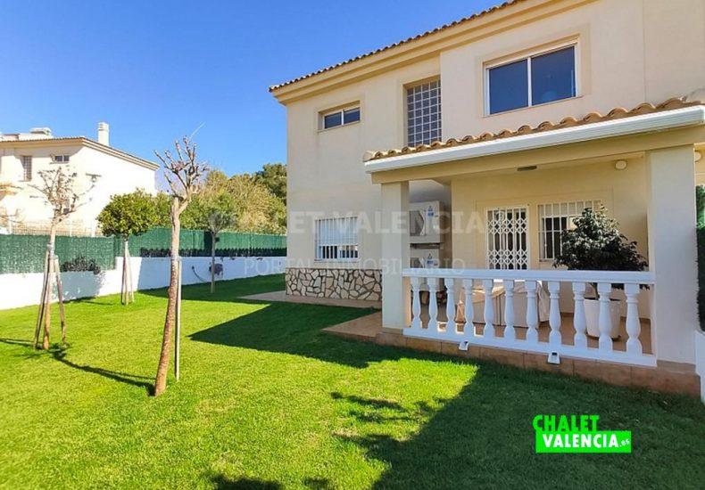 49968-8115063-chalet-valencia