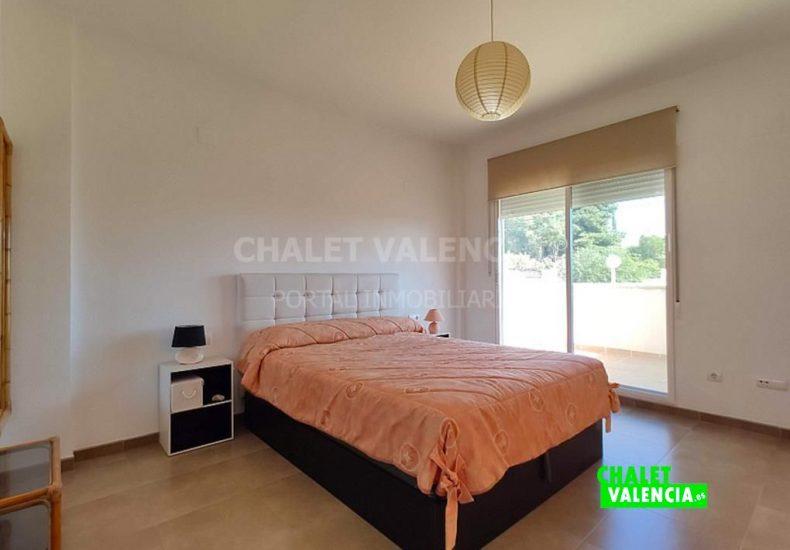 49968-8115077-chalet-valencia