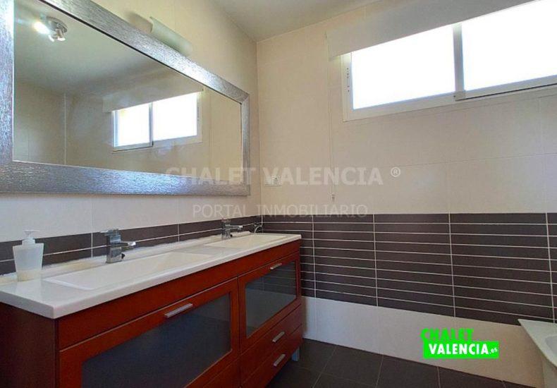 49968-8115078-chalet-valencia