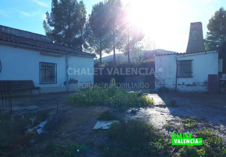 54491-exterior-paellero-chalet-valencia