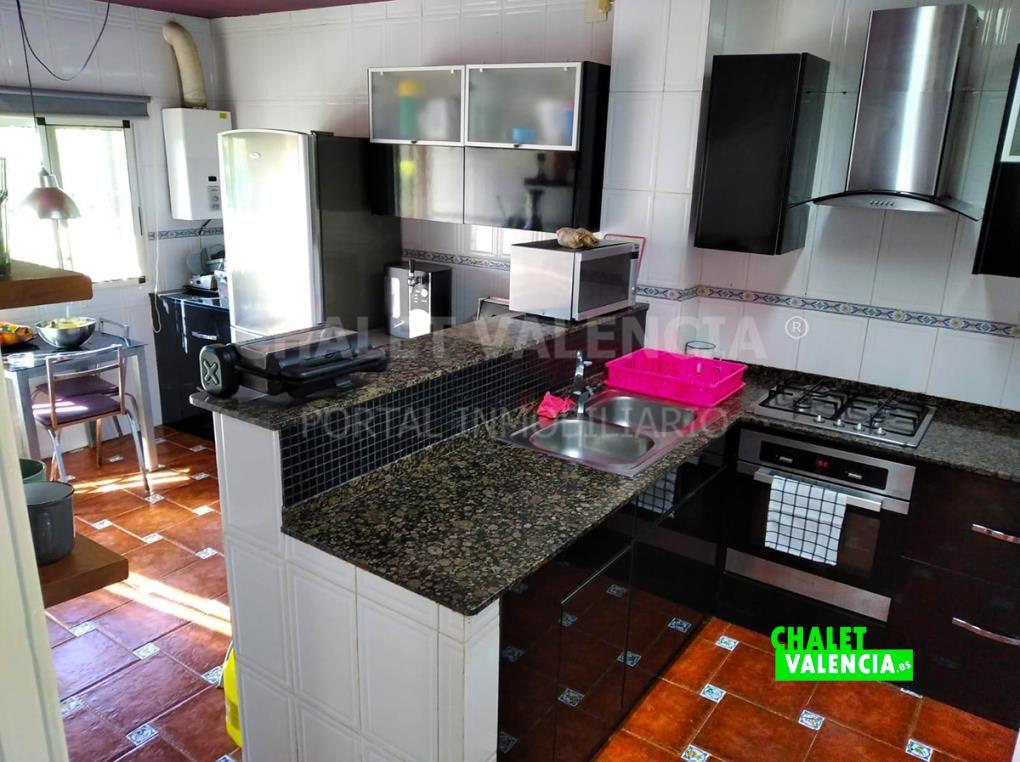 Cocina del chalet en Vilamarxant