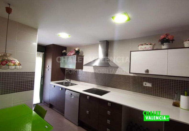 54887-cocina-moderna-chalet-valencia